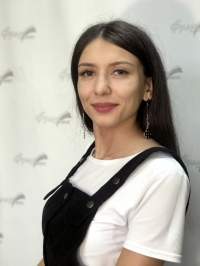 Зацепилова Анна